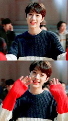 Wanna-One - Lai Guanlin Taiwan, Rapper, Guan Lin, Lai Guanlin, Produce 101 Season 2, Lee Daehwi, Ong Seongwoo, Kim Jaehwan, Ha Sungwoon