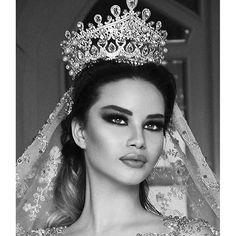 "QUEEN!.. <span class=""emoji emoji1f451""></span> The super stunning @endidemneri models for @frida_xhoi latest bridal collection   ..."