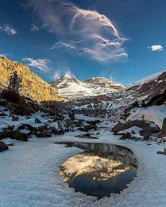 Boiras fantasma!!   #Sobrarbe #parquenacional #pineta #huesca #ordesa #pyrenees #pirineos #montaña #casabiescas #gavin #rinconesdelpirineo #pirineoaragones #invierno #autumn #puravida #winteriscoming #instagood #fit #dream #running #turismoaragon #momentosmagicos #momentosfelices #olympustours #instalife #biescas  #valledetena #live #instapirineos #mountain #senderos #senderismo  Foto gracias a @chabierlozano