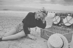 picnic pin-up lookin' sad in the sand