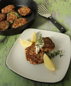 Salmon Cakes (by The Barefoot Contessa - via Lake Lure Cottage)