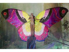 18.06.2012: Ein Schmetterling? Nein, nur Katy Perry, die bei den Much Music Video Awards in Toronto auftrat. Die Sängerin durfte zwei Preise mit nach Hause nehmen. - APAweb / AP