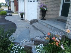 Curved interlock area and side banding cut into a driveway. Front Walkway Landscaping, Gravel Walkway, Stone Landscaping, Concrete Walkway, Stone Walkway, Concrete Garden, Stone Stairs, Landscaping Ideas, Driveway Design