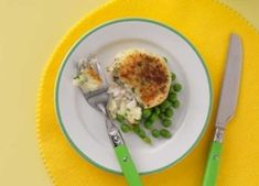 These tasty haddock fishcakes are soft and easy to cut, so make great knife and fork practice for toddlers