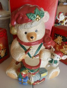 New Fitz Floyd Christmas Holiday Bear Cookie Jar Collectable