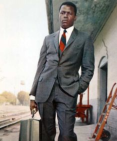 Sidney Poitier & his sexy suit