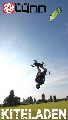 Du suchst nach einem Kite für deine LAndboarding Action? Kris Beech Teamrider von PEter Lynn ist seit Jahren mit dem Escape V6 unterwegs und scheint unendlich viel Spaß damit zu haben. Hol dir jetzt den Peter LYnn Escape V6 im Kiteladen Onlineshop. #landboarding #peterlynn #mountainboard Action Sport, Shops, It Hurts, Infinite, Pictures, Tents, Retail Stores