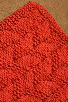 make with old cotton sweaters or scarves  Playing with Rope Dishcloth