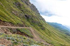 Der Sani Pass von Südafrika nach Lesotho – überwältigend schön! | by Wolkenweit