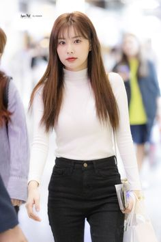 Photo album containing 31 pictures of Hyewon Ulzzang Fashion, Kpop Fashion, Womens Fashion, Kpop Mode, Japanese Girl Group, Airport Style, Nice Body, Hair Inspo, Kpop Girls