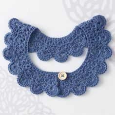 Peter Pan crochet collar for a dress, top or jacket. Five sizes included…
