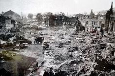 16 haunting pictures of the devastating destruction suffered by Swansea during the Blitz - Wales Online Swansea, Gower Peninsula, The Blitz, Cymru, Old Pictures, Destruction, Historical Photos, Wales, Paris Skyline