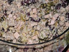 Sałatka wielkanocna z brokułem - Przepisy kulinarne - Sałatki Tortellini, Potato Salad, Potatoes, Meat, Chicken, Ethnic Recipes, Food, Pineapple, Potato