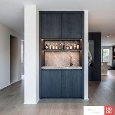 Küchen Design, House Design, Interior Design, Bar Sala, Home Bar Rooms, Home Bar Cabinet, Built In Bar, Kitchenette, Bars For Home