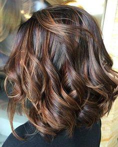 Dark-Hair-Color Hair Color Ideas for Short Haircuts Hair Color Highlights, Hair Color Dark, Ombre Hair Color, Hair Color Balayage, Brown Hair Colors, Dark Hair, Balayage Highlights, Balayage Bob, Brunette Highlights