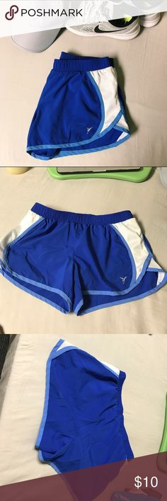 •Old Navy• Running Shorts ▪️Good Condition . Marked as Nike for exposure  ▪️Barely been worn ▪️No flaws, but the logo is cracking ▪️Bundle with other shorts to save ( I'll give you a discount) 😉  ▪️❤️Bundles(I'll give you a discount) ▪️❤️Offers ▪️❌Trades  ▪️ Please feel free to comment and ask questions!! I'll be more than happy to answer 😊💕  ▪️Top Rated Seller ▪️Fast Shipper ▪️Top 10% Seller ▪️Posh Mentor Nike Shorts