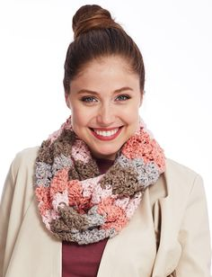 Yarnspirations.com - Bernat Stagger Stitch Cowl - Patterns  | Yarnspirations