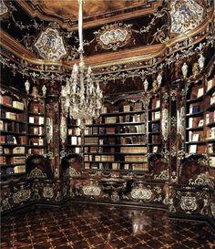 Library Designed By Pietro Piffetti (Torino, Italy, 1770-1777). Roma, Palazzo del Quirinale.: