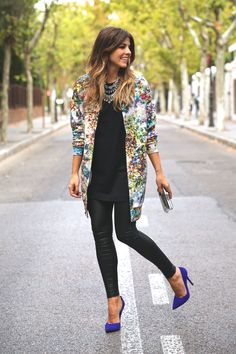 Fall / Winter - street chic style - office wear - work outfit - party style - colorful print long bomber jacket + loose fit round neck t-shirt + black skinnies + cobalt blue suede stilettos + statement necklace
