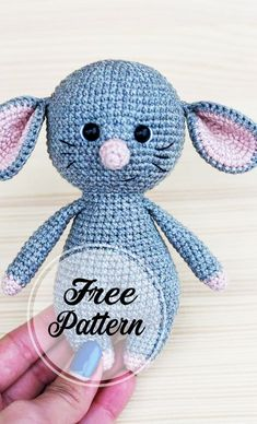 Lovely and Free Crochet Mouse Amigurumi Pattern! amigurumi for beginners; amigurumi crochetLovely and Free Crochet Mouse Amigur Crochet Amigurumi Free Patterns, Crochet Animal Patterns, Stuffed Animal Patterns, Free Crochet, Crochet Mouse, Crochet Dolls, Cat Crochet, Crochet Octopus, Crochet Bikini