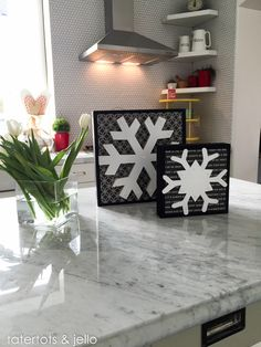 snowflake.decor.ideas.tatertotsandjello.com-1 I love Wood Connection!