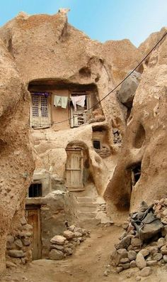 """Matmata, Tunisia: is a small Berber speaking town in southern Tunisia where some of the 2000 residents live in traditional underground """"troglodyte"""" structures. The movie Stars Wars was filmed on location there. Architecture Antique, Vernacular Architecture, Organic Architecture, Pavilion Architecture, Residential Architecture, Contemporary Architecture, Underground Living, Underground Homes, Places To Travel"""