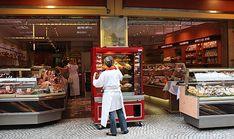 Paris: 5 ruas gastronômicas imperdíveis (com vídeo!) Rue Montorgueil, Parisian, Arrondissement, Travel, Street, Viajes, World, Tourism, Places