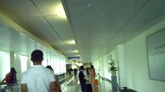 Tân Sơn Nhất Airport, Disembarking EVA Airline 777-300ER