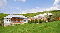 Manastirea Ciolanu, judetul Buzau Cabin, House Styles, Home Decor, Decoration Home, Room Decor, Cottage, Interior Decorating, Cottages