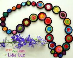 Lidia Luz - so simple! the black border just makes it pop.