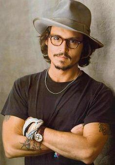 Eyewear can be sexy/ Johnny Depp Tortoise Shell Glasses #tortoiseshell #eyeglasses