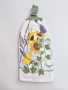 Crochet Kitchen Towels, Crochet Towel, Grocery Bag Holder, Wine Decor, Great Gifts For Mom, Gifts For Wine Lovers, Great Housewarming Gifts, Bag Organization, Double Crochet