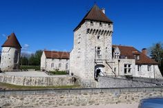 Luxury real estate for sale Allier Luxury Property For Sale, French Chateau, Fortification, Medieval Castle, Terrace Garden, Old Buildings, Palaces, Luxury Real Estate, Paisajes
