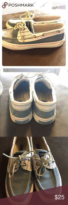 Sperry Top-Sider Gently worn Sperry Topsider. Sperry Top-Sider Shoes Flats & Loafers