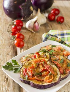 Melanzane gratinate con pomodorini (video ricetta)
