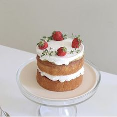Food Bakery, Cafe Food, Pretty Birthday Cakes, Pretty Cakes, Cute Baking, Think Food, Cute Desserts, Just Cakes, Aesthetic Food