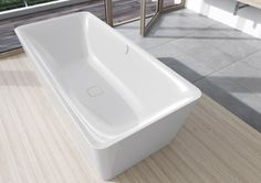 The charm of the freestanding Meisterstück Incava by Kaldewei lies in the subtle tension between the soft lines of the interior and the sensual geometry of the exterior. The reduced rim and conically-shaped trim give the bathtub a surprising lightness. Italia Design, Tub Surround, Whirlpool Tub, Store Windows, Luxury Interior Design, Kitchen Design, Steel, Bathtubs, Sottile