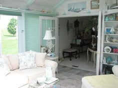 What a great spot to curl up with a favorite book and hot cup of tea! http://www.dilloncompany.com/