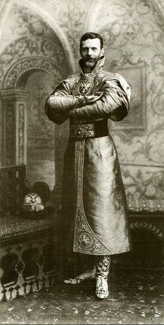1903 - Grand Duke Sergi at the winter palace ball