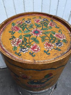 Antique hand painted hat box circa 1930 by VintaDelphia on Etsy