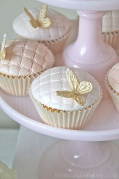 blush and gold wedding cupcakes