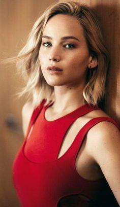Jennifer Lawrence ♥ Merry Christmas everyone!!!                              …