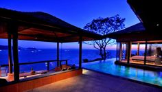 Infinity pool surrounding bedroom - I will not be too upset having insomnia in this house!!!