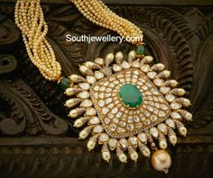 Square Shaped Uncut Diamonds Polki Pendant with Emerald
