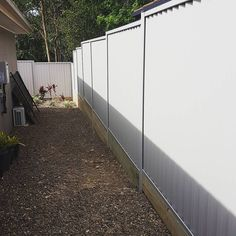 Finished colourbond fence at Drewvale! Local Jobs Hiring, Landscaping Jobs, Wood Design, Home Renovation, Landscape Design, Home Improvement, New Homes, It Is Finished, Backyard