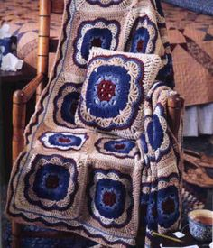 Moroccan Tile Afghan and Pillow | Get a bonus pillow pattern with this gorgeous vintage afghan pattern.