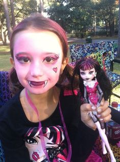 Monster high face painting. Mummy game and more!