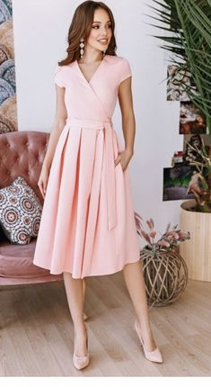 Dress outfit Cute dress and brown hair Source by dresses for church Church Dresses, Modest Dresses, Simple Dresses, Elegant Dresses, Cute Dresses, Beautiful Dresses, Casual Dresses, Short Dresses, Summer Dresses