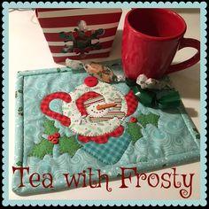 Tea with Frosty Snowman Applique Mug Mat PDF Pattern Mug Rug Patterns, Quilt Patterns, All You Need Is, Cleopatras Fan Quilt, Mug Rug Tutorial, Snowman Mugs, Snowmen, Dog Pattern, Pattern Fabric
