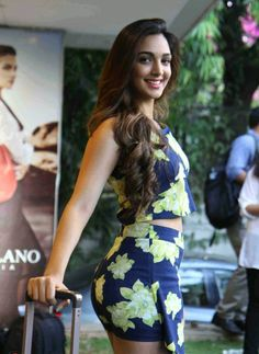 Kiara Advani at the launch of Da Milano's Spring Summer Collection 2015 Most Beautiful Bollywood Actress, Bollywood Actress Hot Photos, Indian Actress Hot Pics, Indian Bollywood Actress, Bollywood Girls, Bollywood Bikini, Indian Actresses, Beauty Full Girl, Beauty Women